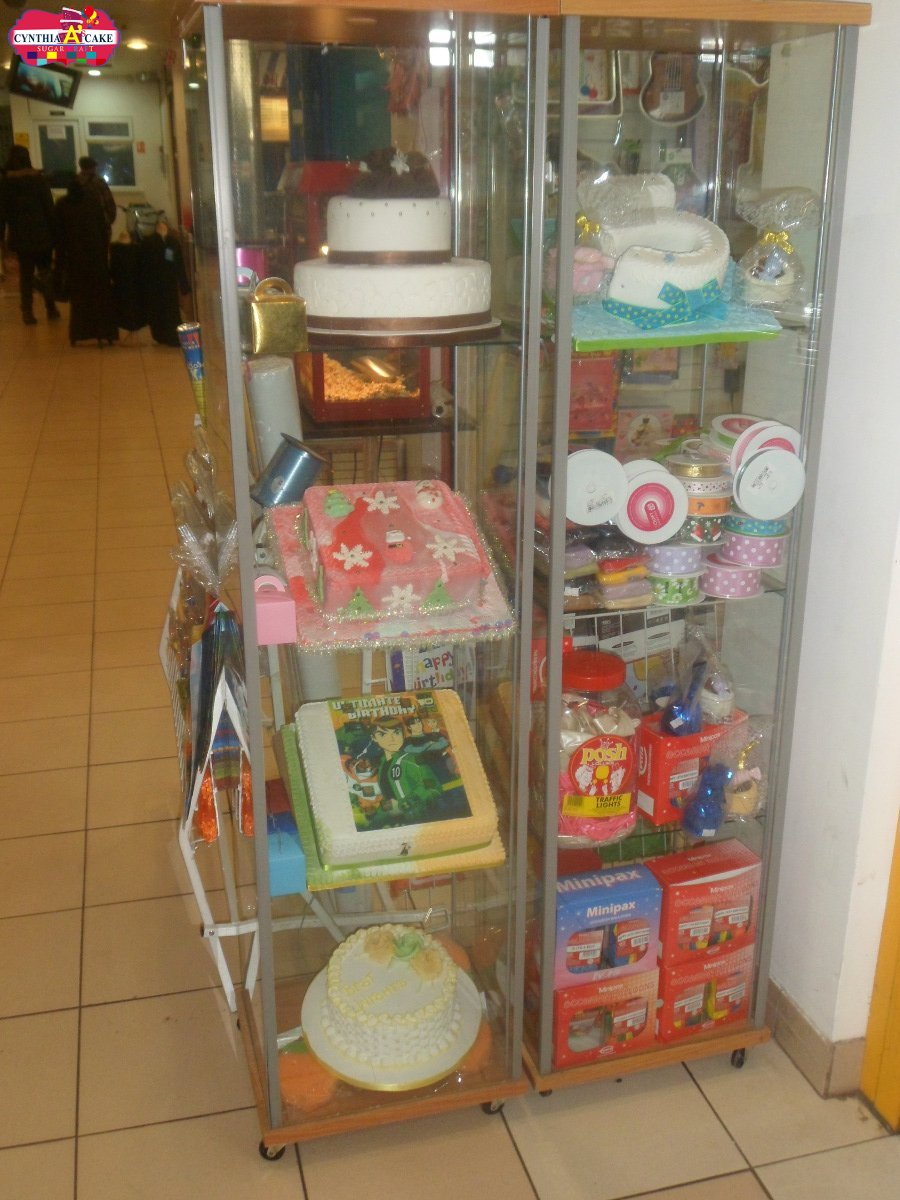 Cynthias Cake Party Packs (4)