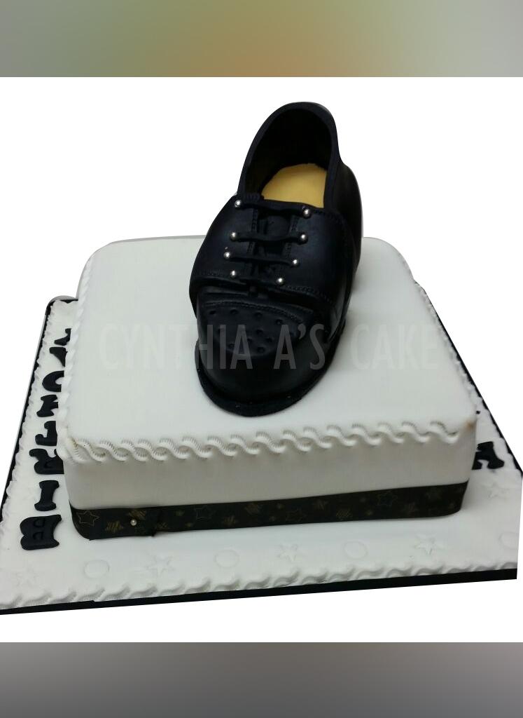 Mens Fashion Cakes Cynthia A S Cake Cakes Cake Makers Birthday Cakes Wedding Cakes In Brixton South London